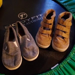 2 pair of toddler boys shoes